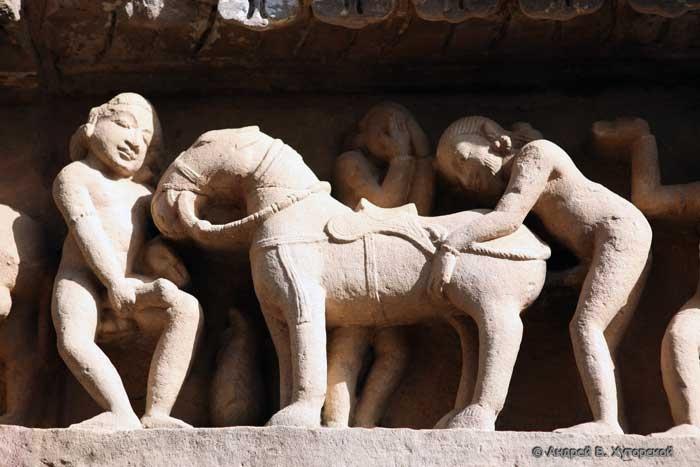 Секс изображения на храмах индии