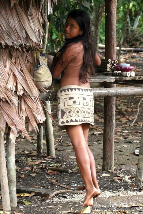 http://khutorskoy.ru/travel/peru/amazon/indians/khutorskoy_ru_100_9376.jpg