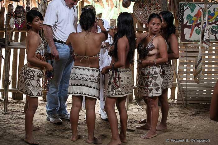 http://khutorskoy.ru/travel/peru/amazon/indians/khutorskoy_ru_100_9417.jpg